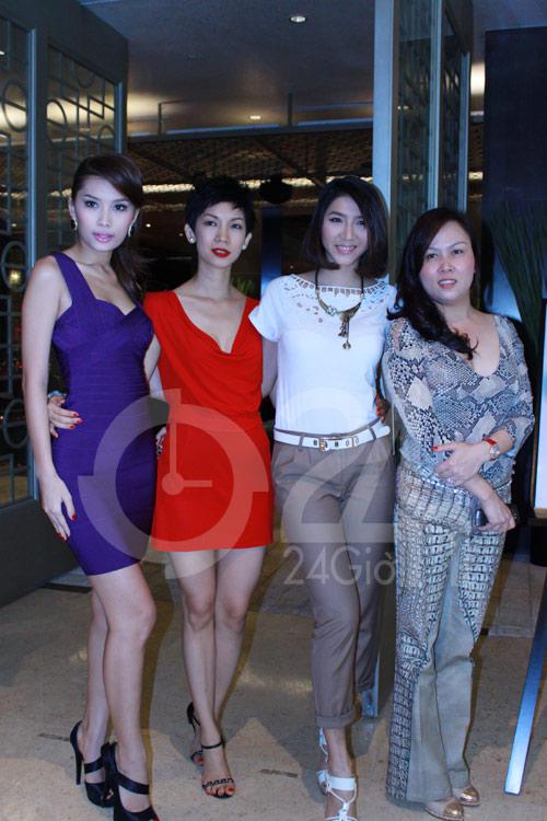 """Lan Hương khoe """"siêu vòng 3"""" bằng váy bó - 2"""