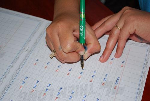 """Chương trình tập huấn """"luyện chữ nét thanh, nét đậm"""" - 2"""