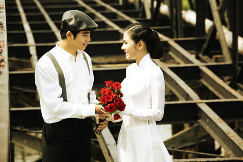 """Vân Trang """"cưới"""" kiểu xưa & nay - 1"""