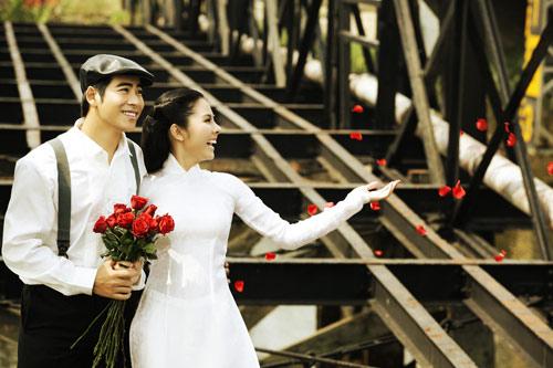 """Vân Trang """"cưới"""" kiểu xưa & nay - 2"""