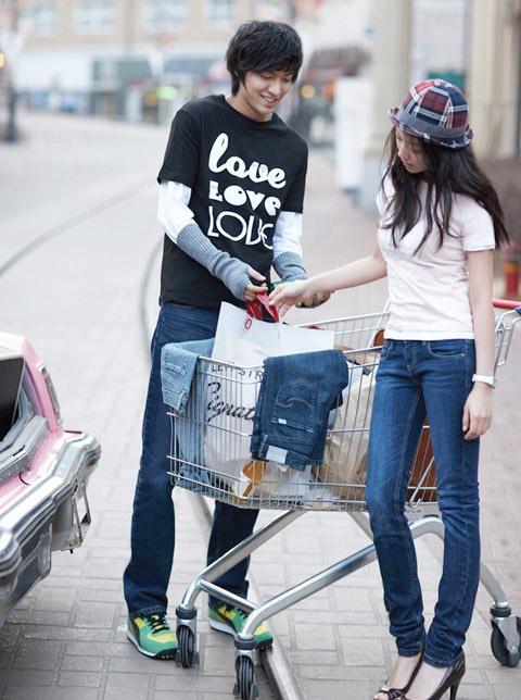 """""""Chấm điểm"""" thời trang của Lee Min Ho - 12"""