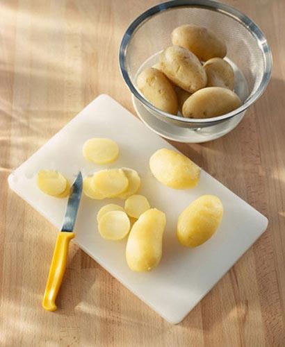 Ngon giòn salad khoai tây kiểu mới, Ẩm thực, am thuc, sa lat, la bac ha, khoai tay, mon ngon, mon ngon de lam