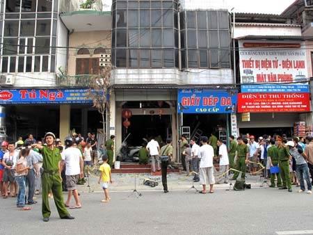 Hà Giang: Nổ lớn giữa trung tâm thành phố - 2