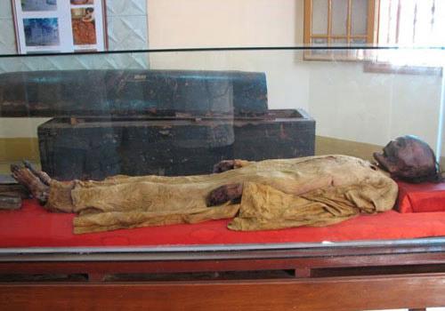 Bí ẩn xác ướp ở Sài Gòn - 1