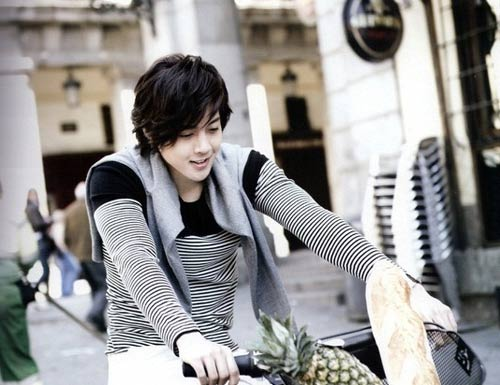 Kim Hyun Joong: Hoa hng lun c gai, Phim, kim hyun joong, vuon sao bang, ss501, ca si han quoc, dien vien han quoc, tin tuc