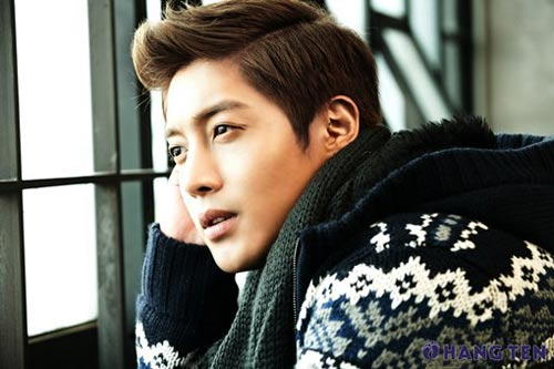 Kim Hyun Joong: Hoa hồng luôn có gai - 19