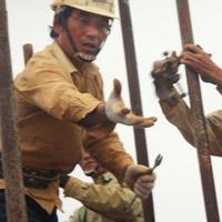 """Nhiều công nhân TQ làm việc """"chui"""" ở VN"""
