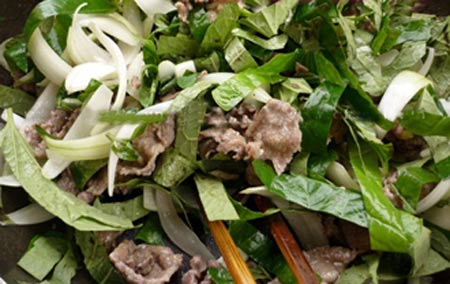 Thật lạ thịt bò xào lá lốt - 7