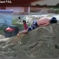 Video: Bốc đầu xe tay ga qua đống cát
