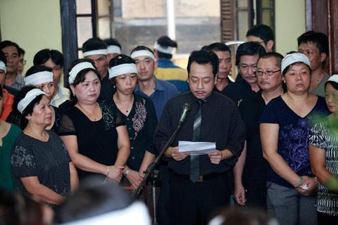 Đám tang đẫm lệ NS Hồng Sơn - 1