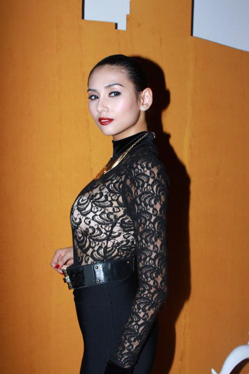 Sao Việt xấu đẹp cùng vải ren - 10
