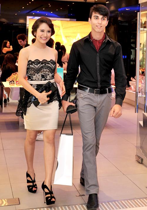 Sao Việt xấu đẹp cùng vải ren - 11