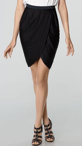 Công sở khoe chân thon với váy quấn - 16