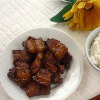 Đượm vị thịt kho nước cốt dừa