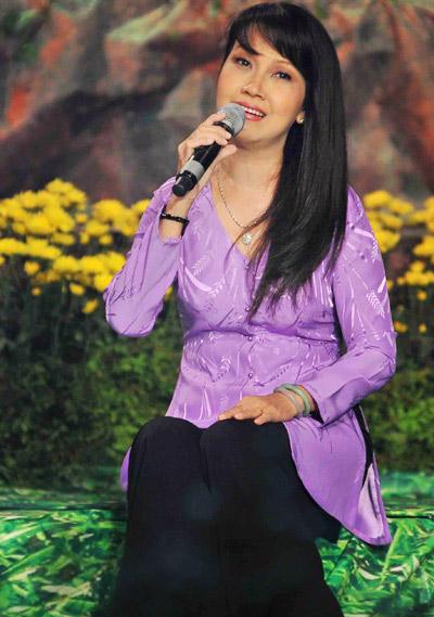 Chấm điểm sao Việt xấu đẹp với áo bà ba - 13