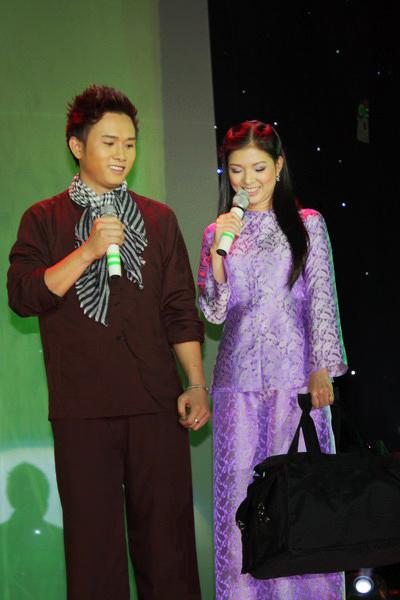 Chấm điểm sao Việt xấu đẹp với áo bà ba - 16