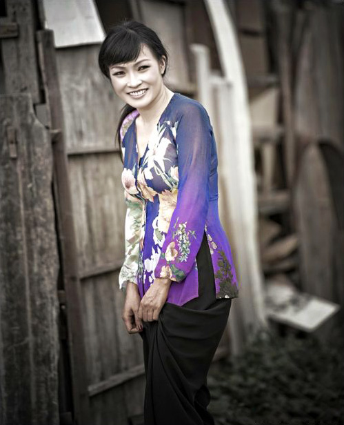 Chấm điểm sao Việt xấu đẹp với áo bà ba - 6