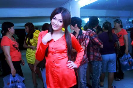Chấm điểm sao Việt xấu đẹp với áo bà ba - 18