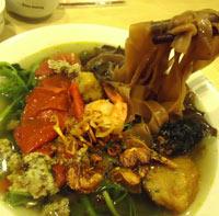 Tươi ngon Bánh đa cua Hải Phòng tại Hà Nội