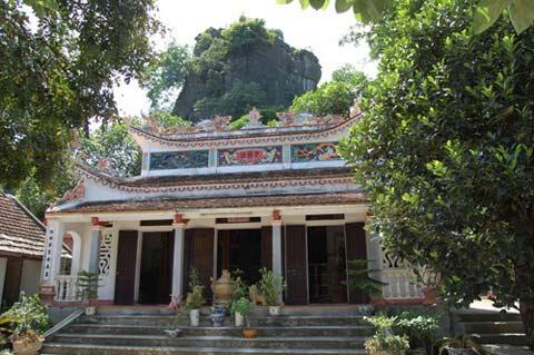 Kỳ bí những động chùa trên núi đá Hoa Lư - 2