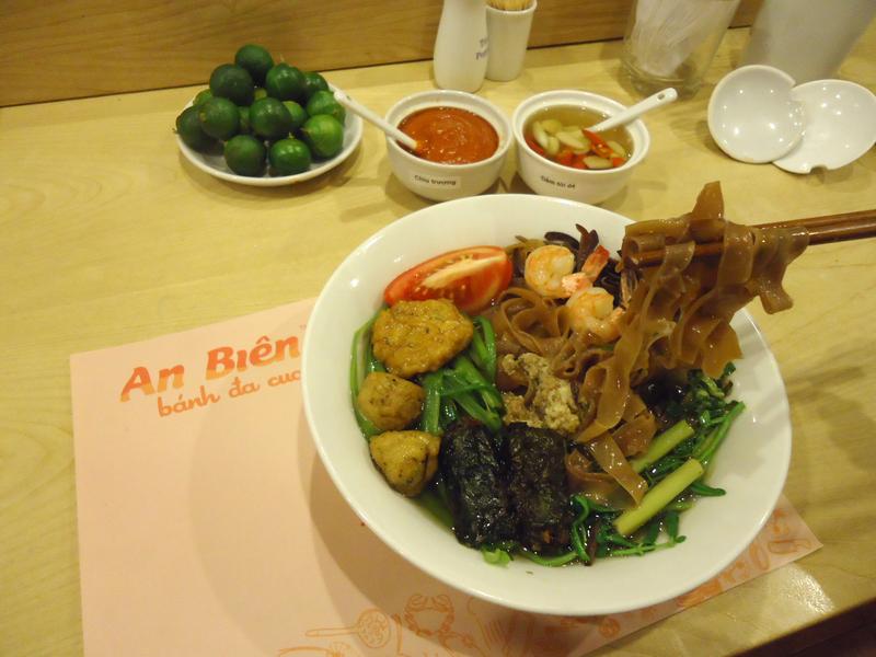 Tươi ngon Bánh đa cua Hải Phòng tại Hà Nội - 10