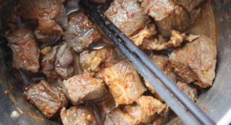 Mềm thơm thịt bò nấu bia - 5