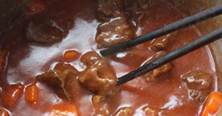 Mềm thơm thịt bò nấu bia - 8
