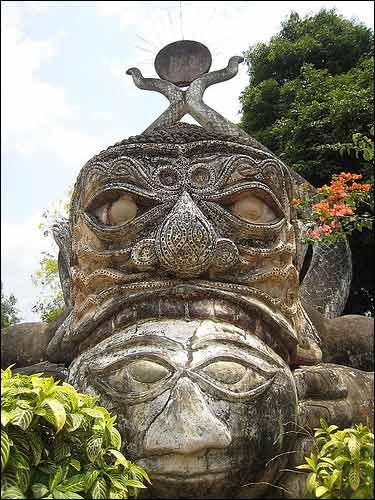 Sang Lào, tới thăm công viên tượng Phật - 5