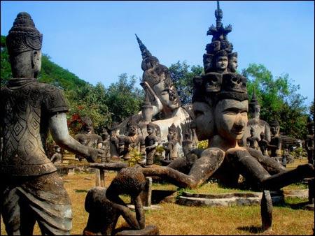 Sang Lào, tới thăm công viên tượng Phật - 7