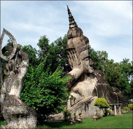 Sang Lào, tới thăm công viên tượng Phật - 8