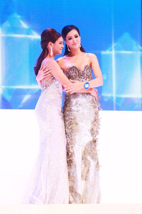 Lộ diện nhan sắc tân Hoa hậu Thái Lan - 5