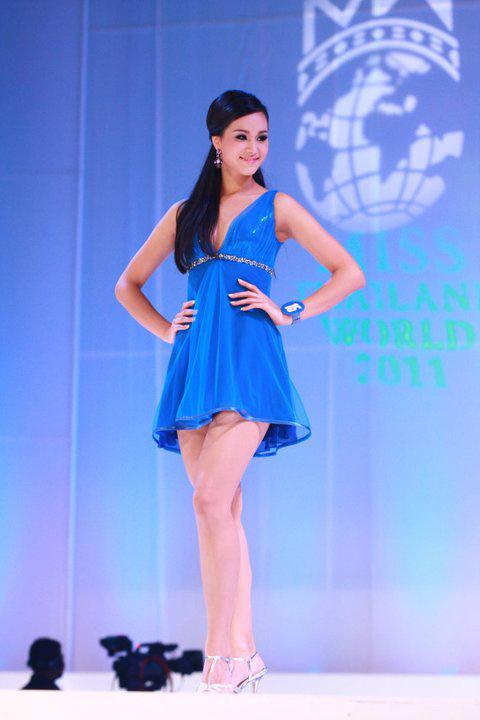 Lộ diện nhan sắc tân Hoa hậu Thái Lan - 4