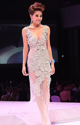 Lộ diện nhan sắc tân Hoa hậu Thái Lan - 19