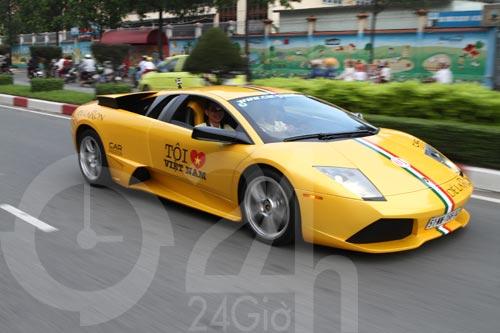 Đoàn siêu xe triệu đô diễu phố Sài Thành - 2