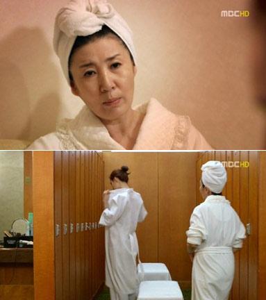 Mỹ nhân Hàn tự 'lăng xê' táo bạo - 18