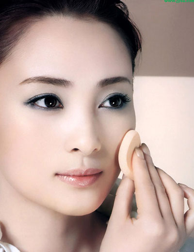 Beauty secrets within 60 seconds, Beauty, makeup, trang diem co ban, makeup quickly,