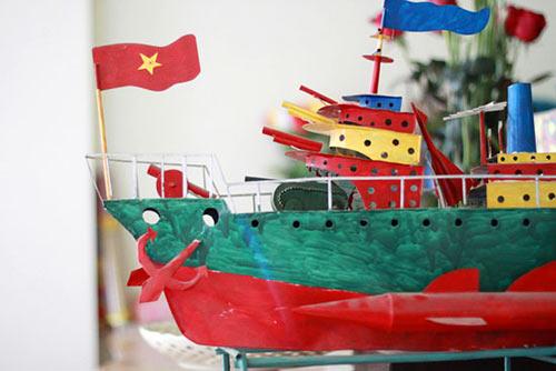 """Tàu thủy đồ chơi """"công nghệ"""" Việt xuất ngoại - 7"""