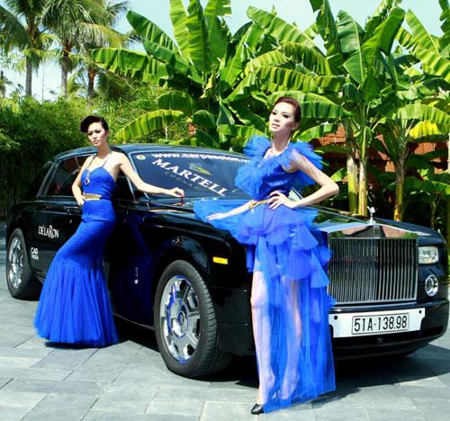 Mẫu Việt bên siêu xe của Cường Đôla - 9