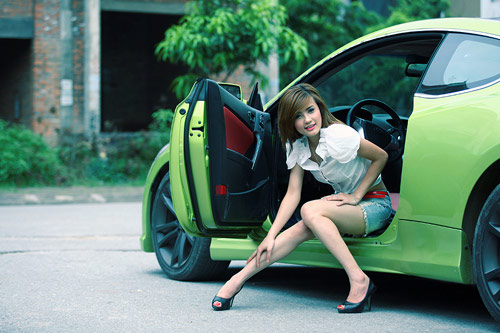 10 hotgirl hấp dẫn nhất của cầu thủ Việt - 7