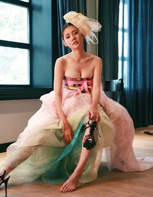 Chu Ja Hyun lại nude với hanbok - 1