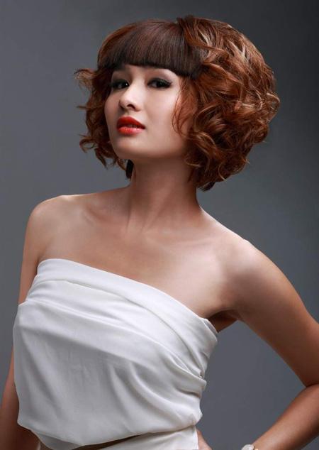 Sự mê hoặc của tóc xoăn ngắn - 1