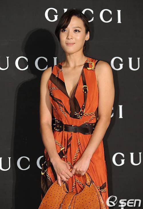 Han Chae Young kín trước hở sau - 10