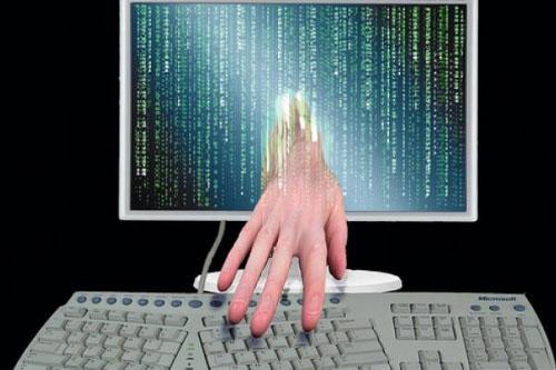 Hacker ngốn của thế giới bao nhiêu tiền mỗi năm? - 1