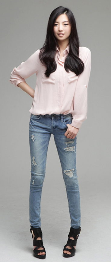 Tư vấn: Mặc jeans trong công sở mùa Thu - 14