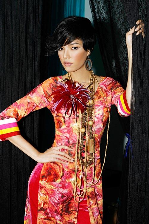Hoàng Yến yểu điệu cùng áo dài ren - 8