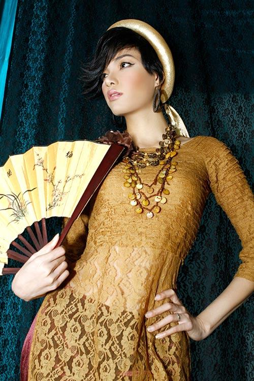 Hoàng Yến yểu điệu cùng áo dài ren - 10