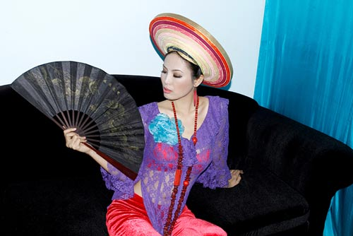 Hoàng Yến yểu điệu cùng áo dài ren - 17