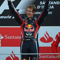 Kt qu Italian GP 2011: Vettel v i