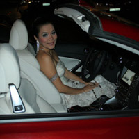 Ca sỹ Mỹ Lệ tậu Lexus mui trần hơn 3 tỷ