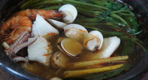 Mát trời ăn lẩu hải sản kiểu Thái - 10